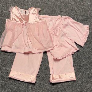 3 pc Carter's girls pajama set-4T-pink